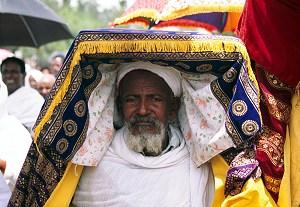 928ab5cf19 Az Utazz Afrikába Utazási Iroda 2015 január 16 - 28 között megszervezésre  kerülő etiópiai útja a Lalibelai templomokat és a Timket Fesztivált is  érinti.